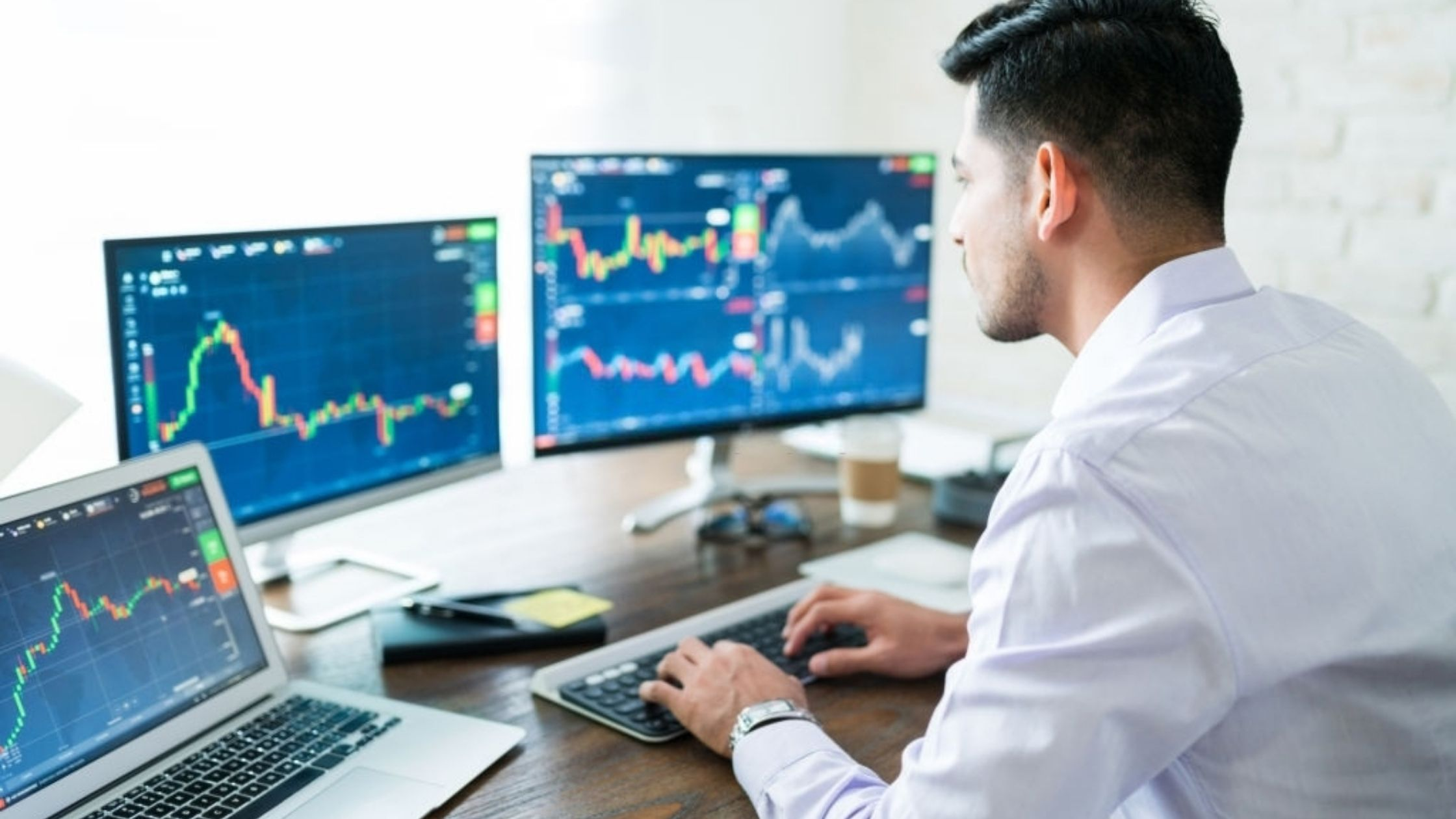 6-sebab-usahawan-kena-belajar-bursa-saham-cover